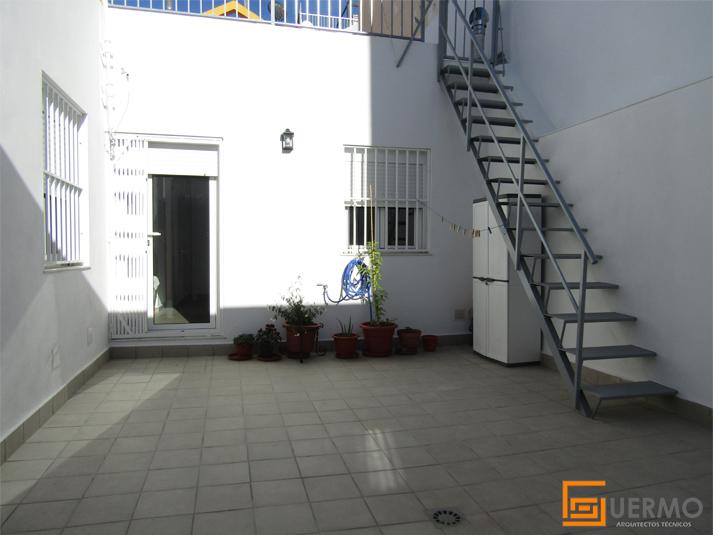 Reforma integral patio Almería