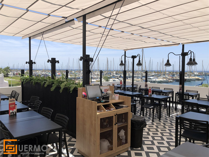 Terraza Fosters Hollywood Aguadulce